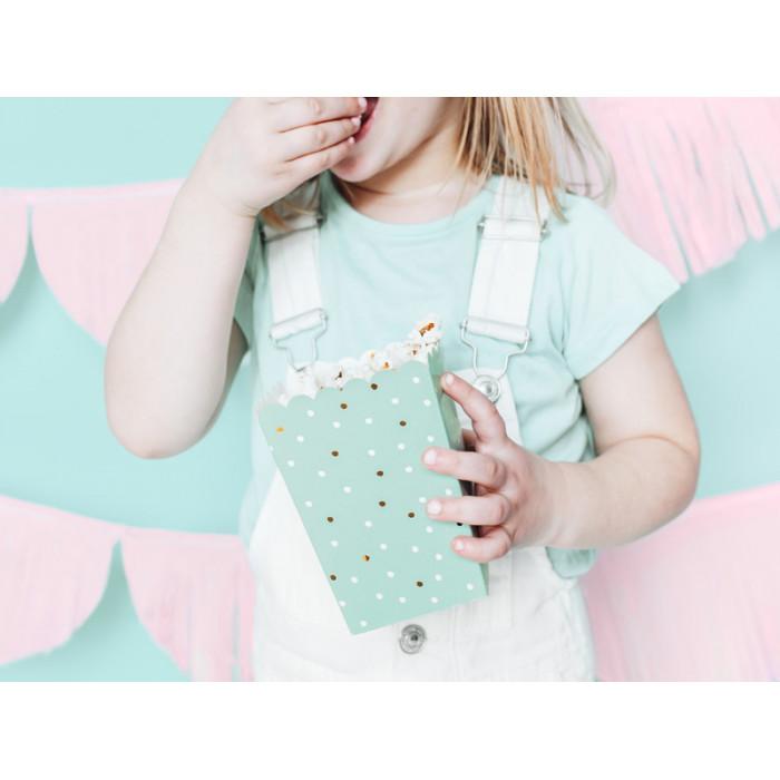 Płatki róż w woreczku, różowy